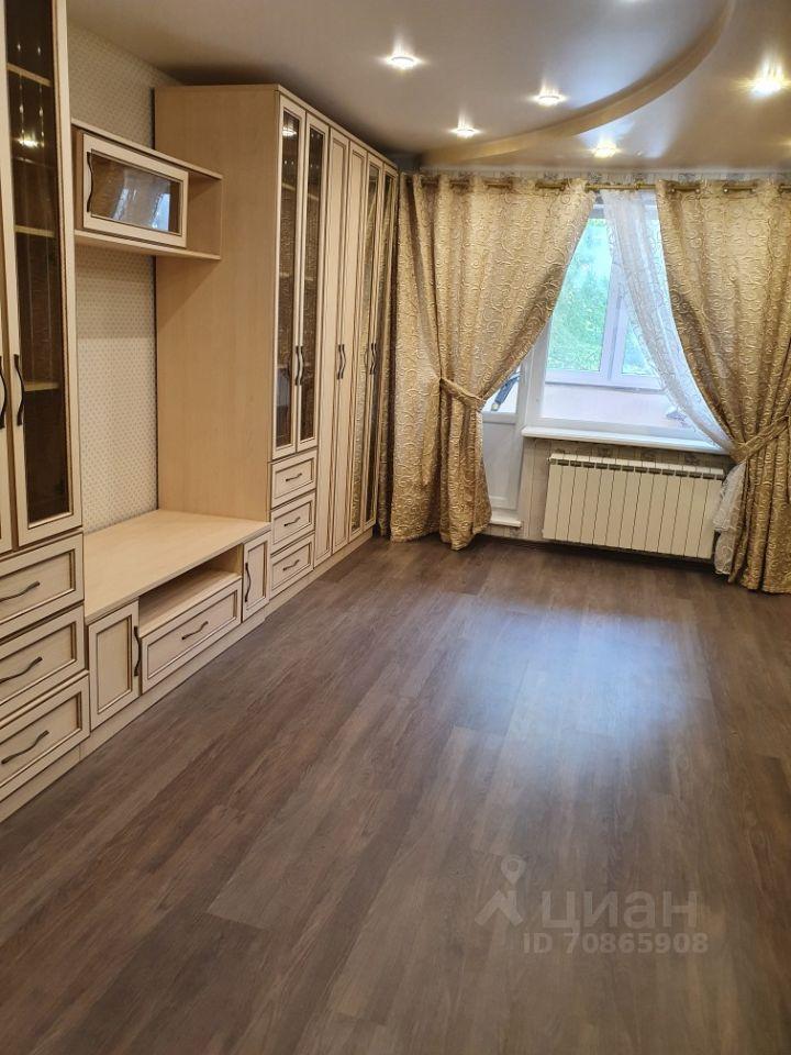 Аренда трёхкомнатной квартиры поселок Сосны, цена 50000 рублей, 2021 год объявление №1428601 на megabaz.ru