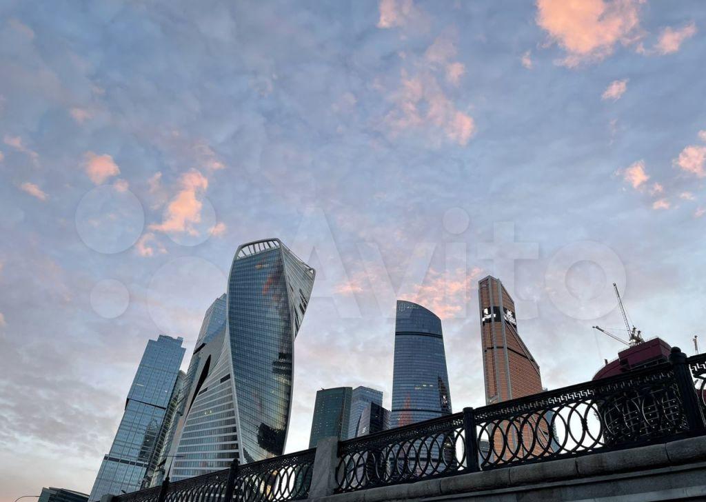 Аренда двухкомнатной квартиры Москва, метро Выставочная, 1-й Красногвардейский проезд 15, цена 300000 рублей, 2021 год объявление №1429070 на megabaz.ru