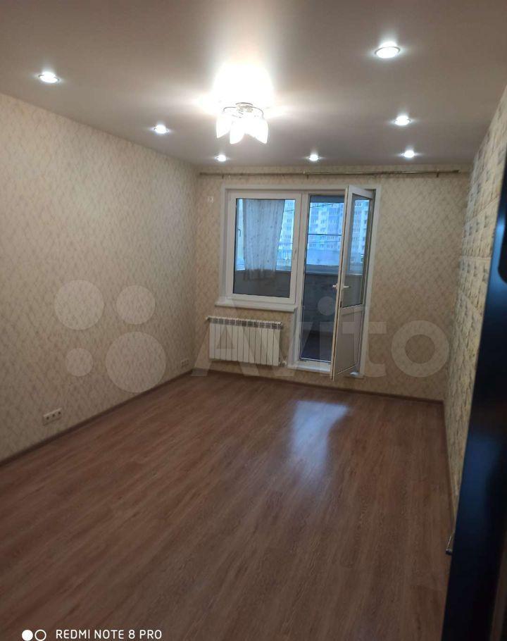Аренда комнаты Лобня, улица Жирохова 2, цена 14000 рублей, 2021 год объявление №1429876 на megabaz.ru
