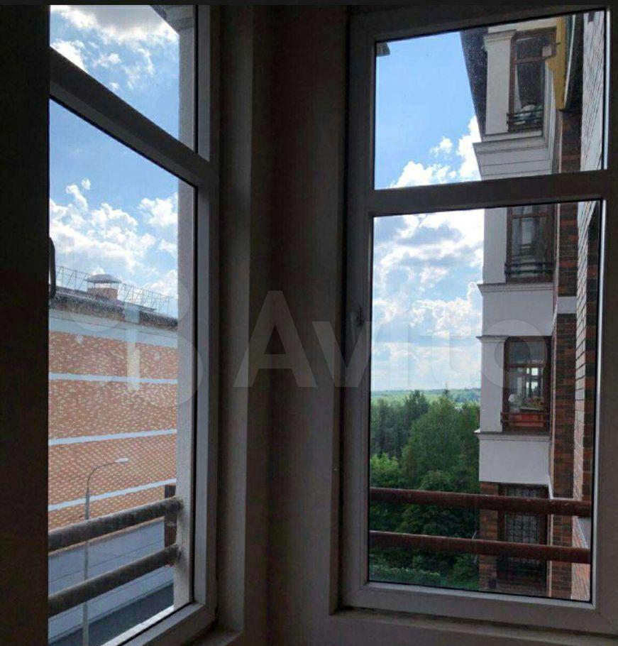 Аренда однокомнатной квартиры деревня Сабурово, Парковая улица 5, цена 26000 рублей, 2021 год объявление №1430834 на megabaz.ru