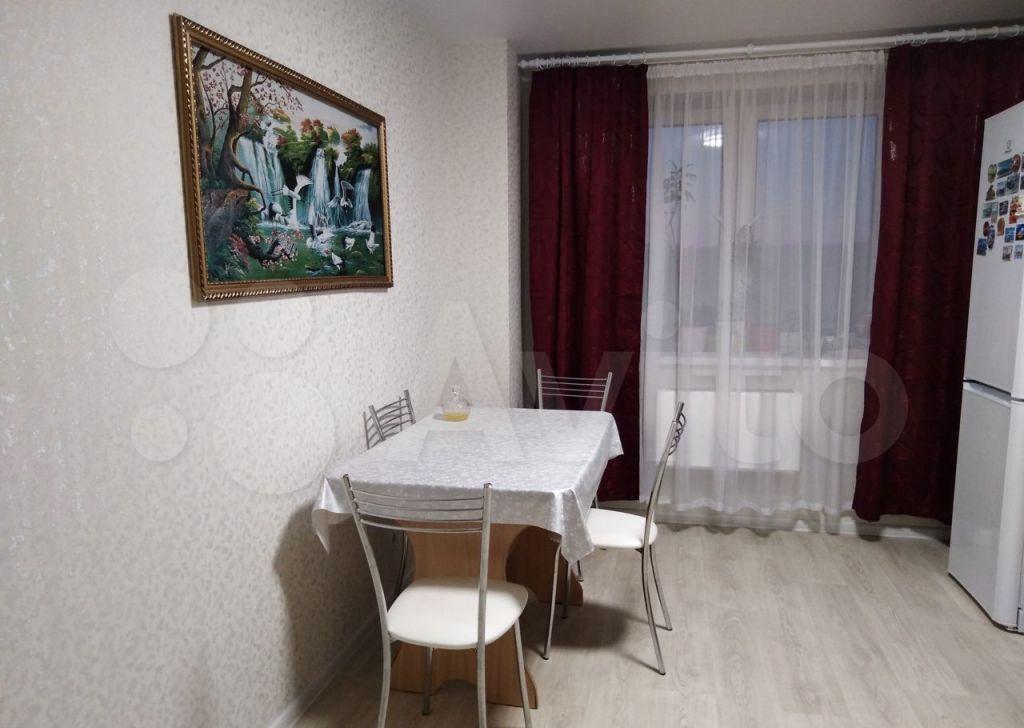 Аренда трёхкомнатной квартиры деревня Большие Жеребцы, цена 30000 рублей, 2021 год объявление №1454304 на megabaz.ru