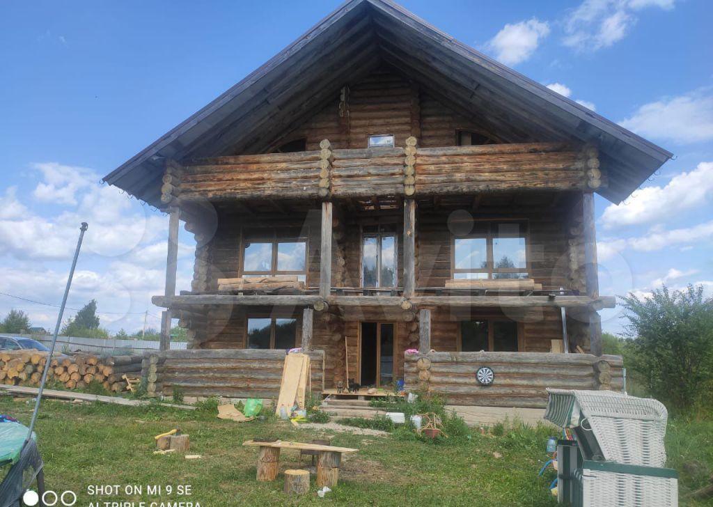 Продажа дома село Шарапово, Парковая улица 14, цена 4500000 рублей, 2021 год объявление №658924 на megabaz.ru
