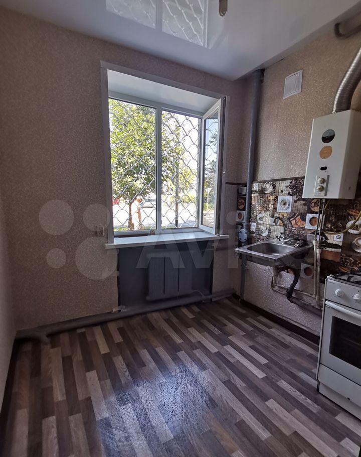 Продажа двухкомнатной квартиры Орехово-Зуево, улица Урицкого 82/2, цена 2300000 рублей, 2021 год объявление №659755 на megabaz.ru