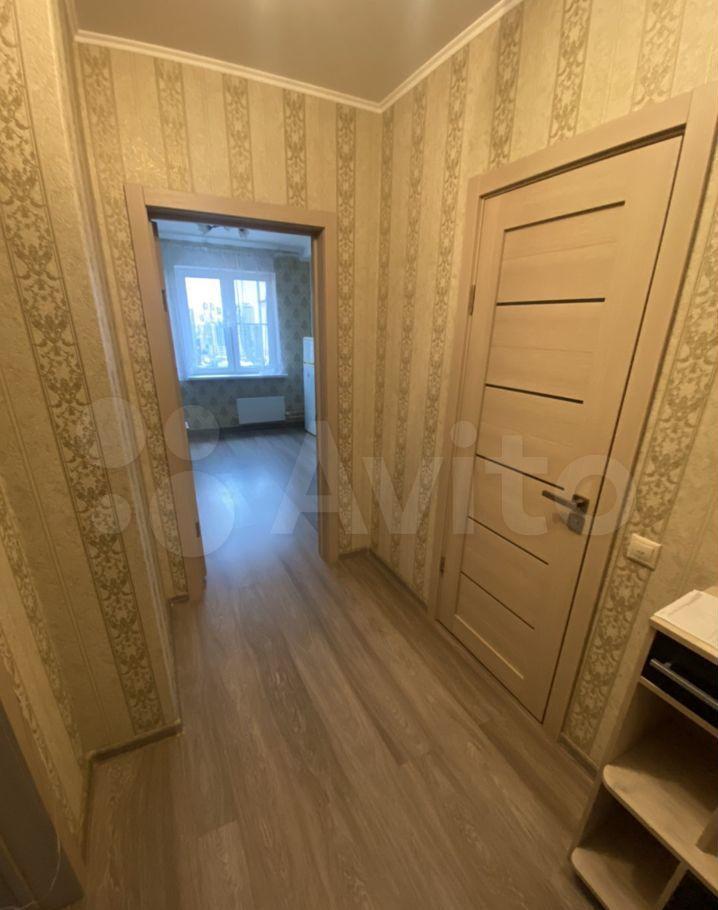 Аренда однокомнатной квартиры деревня Островцы, Баулинская улица 8, цена 25000 рублей, 2021 год объявление №1474339 на megabaz.ru