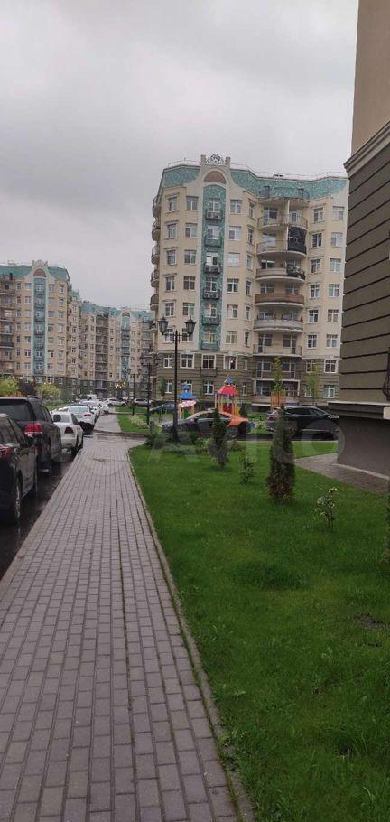 Продажа трёхкомнатной квартиры поселок Ильинское-Усово, проезд Александра Невского 3, цена 9900000 рублей, 2021 год объявление №681485 на megabaz.ru