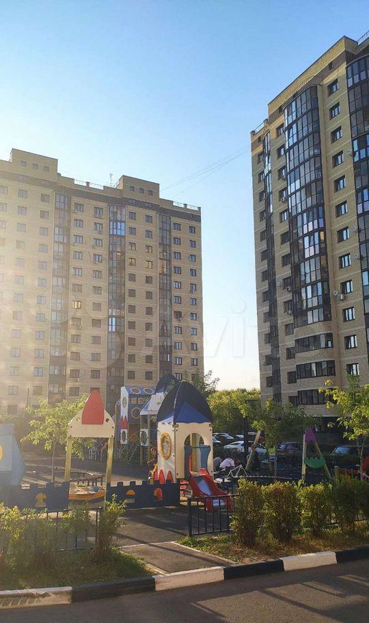 Аренда однокомнатной квартиры Воскресенск, улица Куйбышева 47Ас3, цена 19000 рублей, 2021 год объявление №1431670 на megabaz.ru