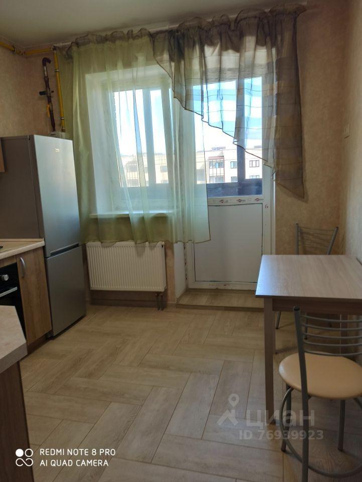 Аренда однокомнатной квартиры деревня Исаково, цена 23000 рублей, 2021 год объявление №1432223 на megabaz.ru