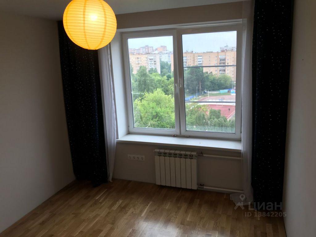 Аренда трёхкомнатной квартиры Щелково, улица Жуковского 4, цена 35000 рублей, 2021 год объявление №1432149 на megabaz.ru