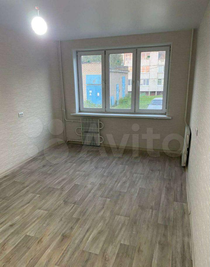 Продажа двухкомнатной квартиры деревня Алфёрово, цена 2350000 рублей, 2021 год объявление №664789 на megabaz.ru