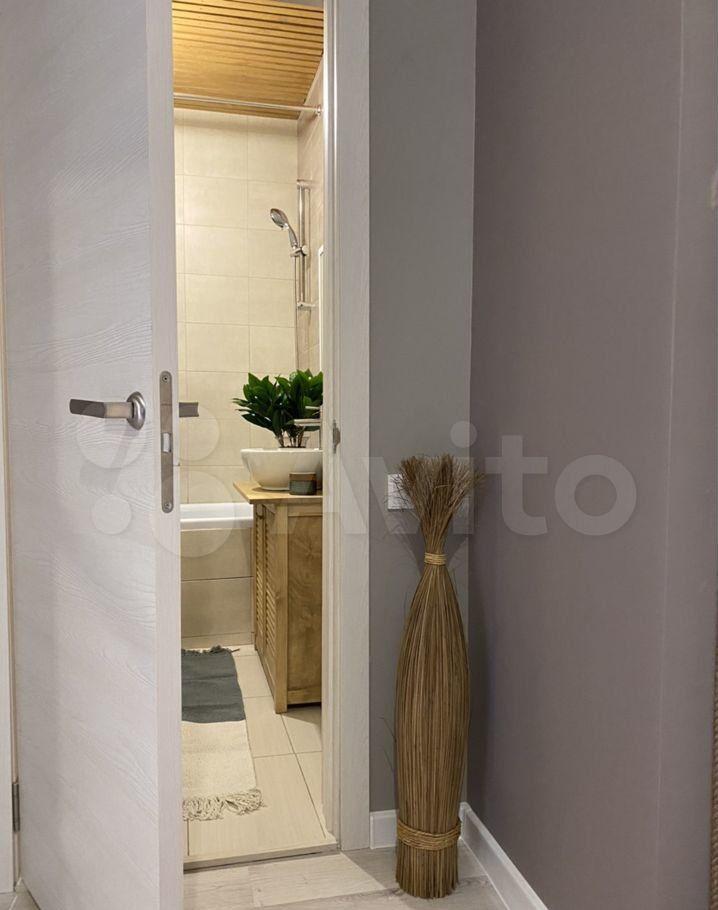 Продажа двухкомнатной квартиры деревня Жостово, Приозёрная улица 3, цена 6600000 рублей, 2021 год объявление №613959 на megabaz.ru