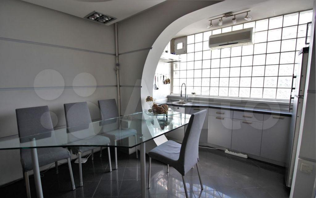Продажа двухкомнатной квартиры Москва, метро Калужская, цена 18400000 рублей, 2021 год объявление №661416 на megabaz.ru