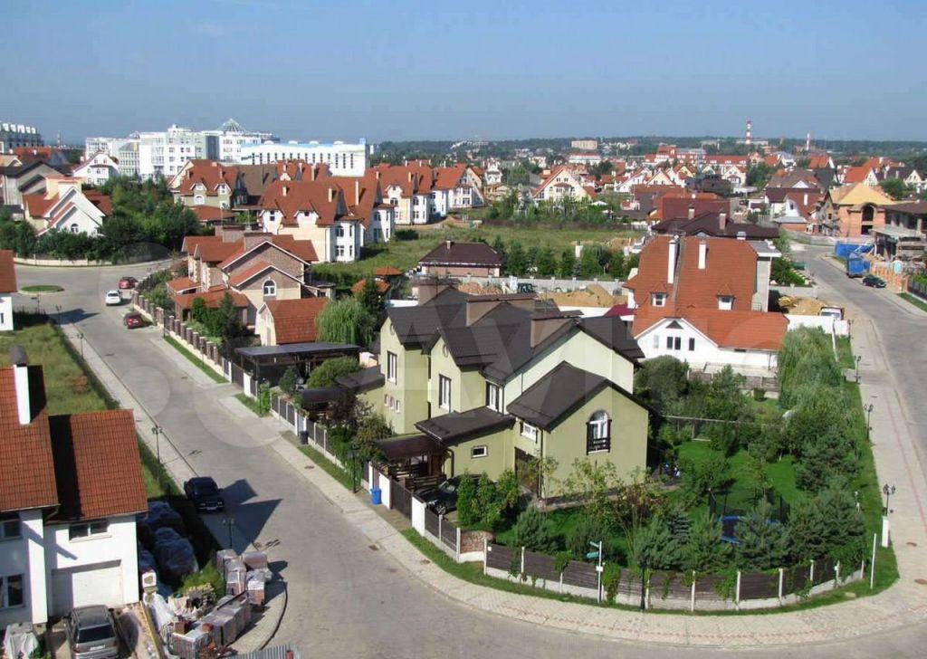 Продажа дома село Петрово-Дальнее, 2-й Ильинский тупик 1к2, цена 35000000 рублей, 2021 год объявление №661825 на megabaz.ru