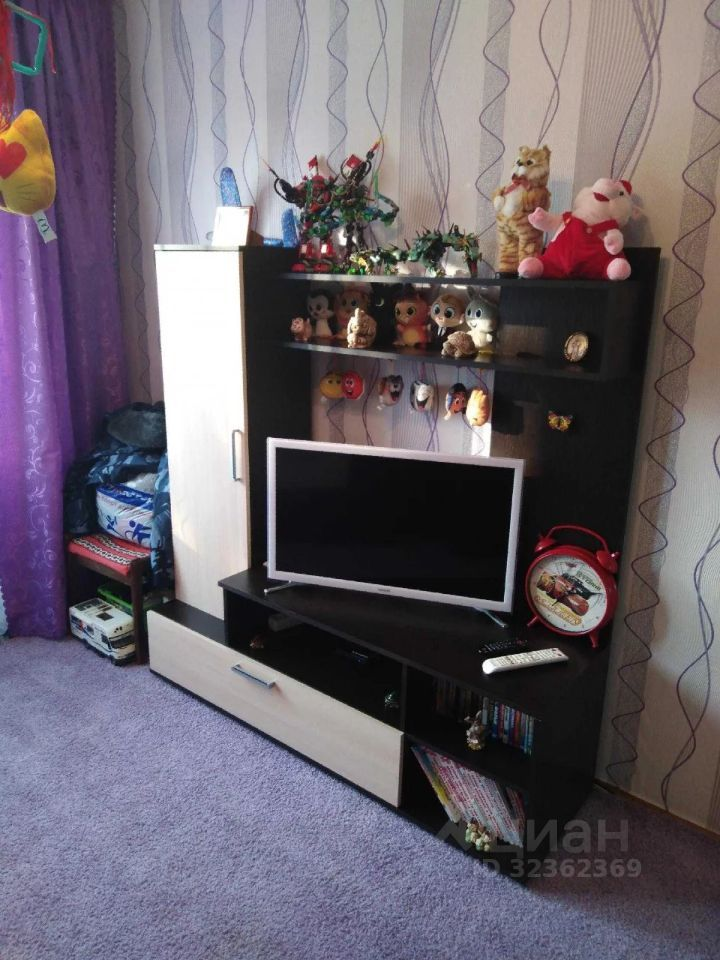 Продажа двухкомнатной квартиры поселок Нарынка, улица Королёва 4, цена 1800000 рублей, 2021 год объявление №662160 на megabaz.ru