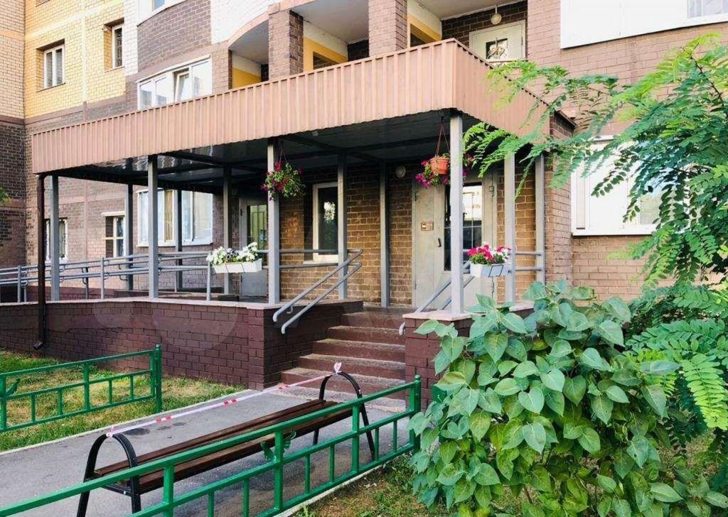 Продажа однокомнатной квартиры поселок Мебельной фабрики, Заречная улица 3, цена 5600000 рублей, 2021 год объявление №662910 на megabaz.ru