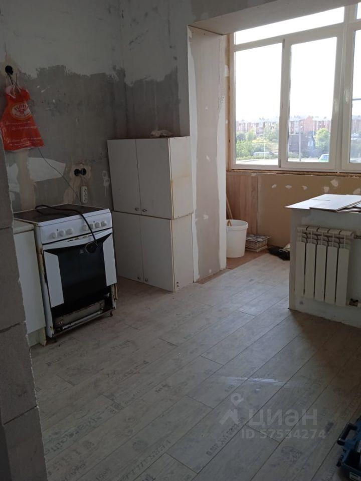 Аренда двухкомнатной квартиры село Софьино, Овражная улица 4, цена 28000 рублей, 2021 год объявление №1420946 на megabaz.ru