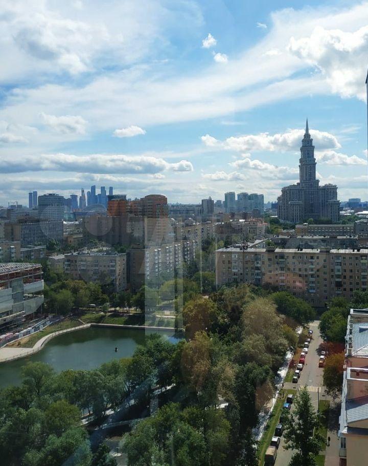 Продажа двухкомнатной квартиры Москва, метро Сокол, улица Самеда Вургуна 7, цена 25900000 рублей, 2021 год объявление №682645 на megabaz.ru