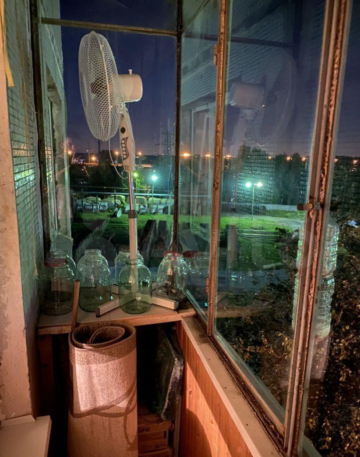 Продажа однокомнатной квартиры рабочий посёлок Калининец, Фабричная улица 9, цена 4000000 рублей, 2021 год объявление №689556 на megabaz.ru