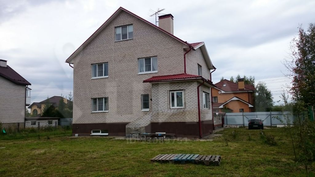 Продажа дома деревня Ермолино, метро Пятницкое шоссе, цена 11000000 рублей, 2020 год объявление №382806 на megabaz.ru