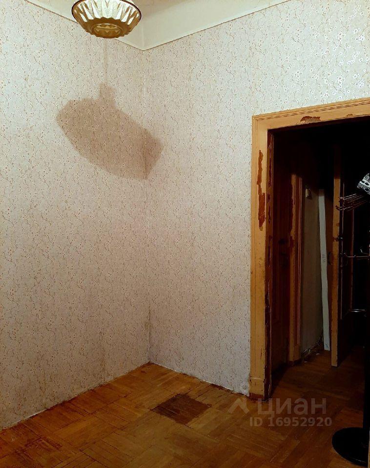 Аренда комнаты Москва, метро Крестьянская застава, Саринский проезд 2, цена 24000 рублей, 2021 год объявление №1435514 на megabaz.ru