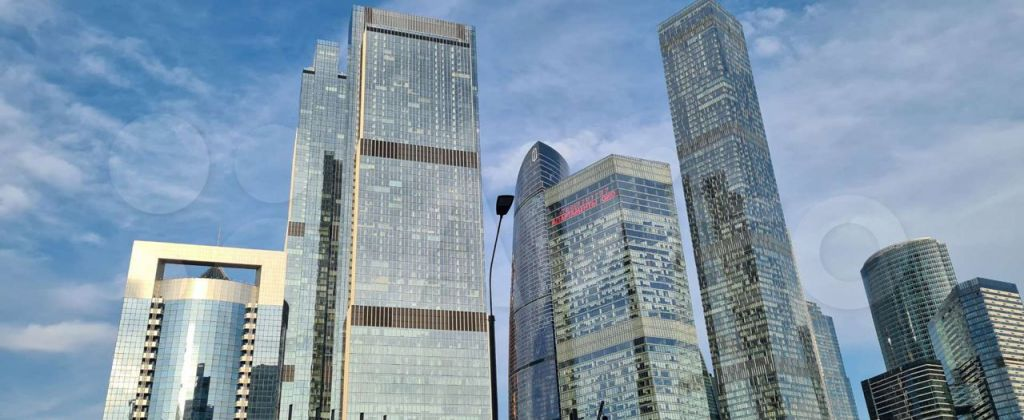Аренда двухкомнатной квартиры Москва, метро Международная, Мукомольный проезд 2, цена 120000 рублей, 2021 год объявление №1435761 на megabaz.ru