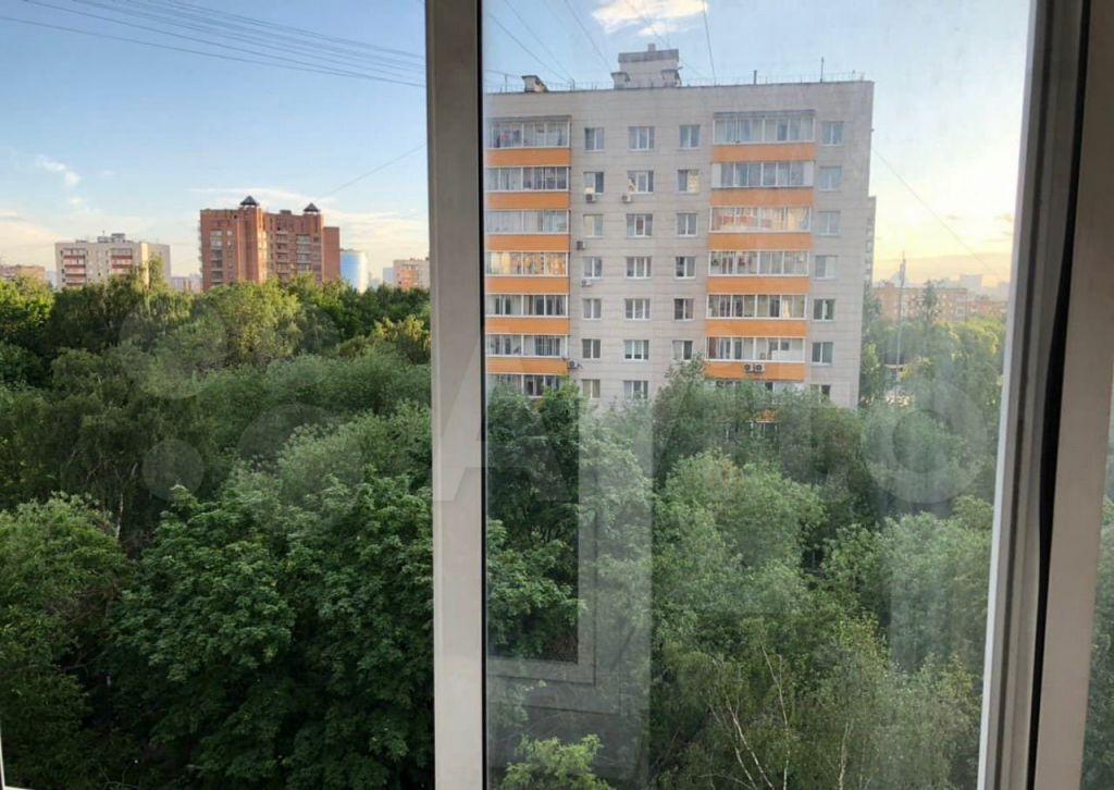 Продажа однокомнатной квартиры Москва, метро Нагорная, Криворожская улица 11, цена 10300000 рублей, 2021 год объявление №665025 на megabaz.ru