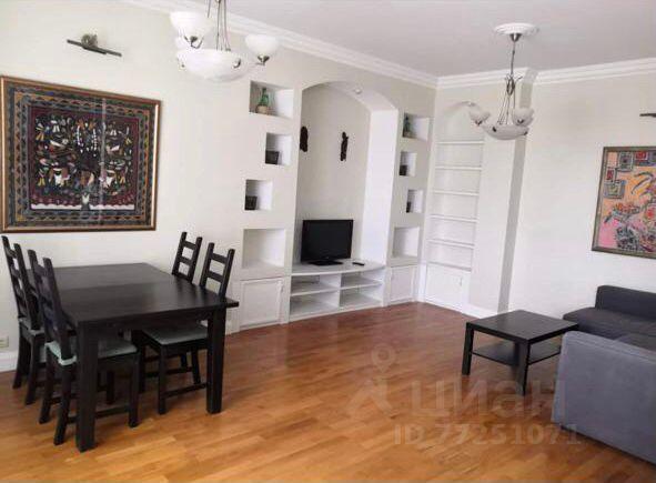 Продажа двухкомнатной квартиры Звенигород, цена 11840000 рублей, 2021 год объявление №665083 на megabaz.ru