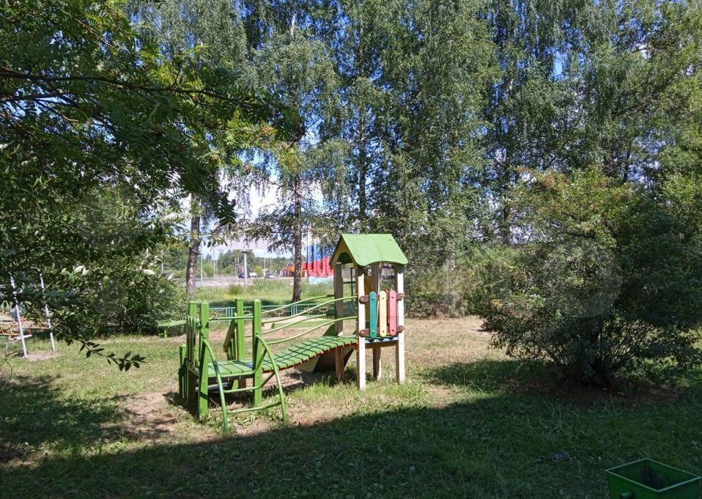Продажа двухкомнатной квартиры Куровское, Коммунистическая улица 40, цена 4500000 рублей, 2021 год объявление №706944 на megabaz.ru