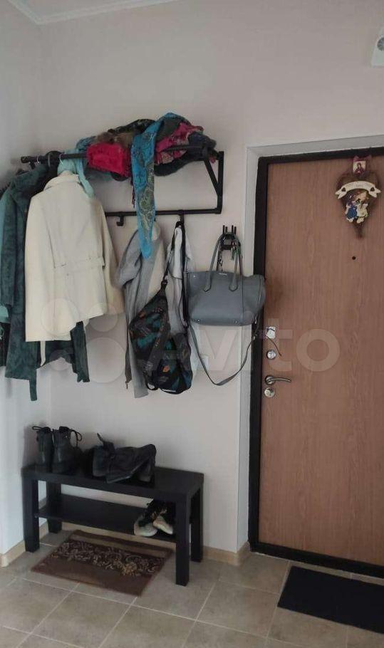 Аренда комнаты Люберцы, улица Камова 9к3, цена 15000 рублей, 2021 год объявление №1469651 на megabaz.ru