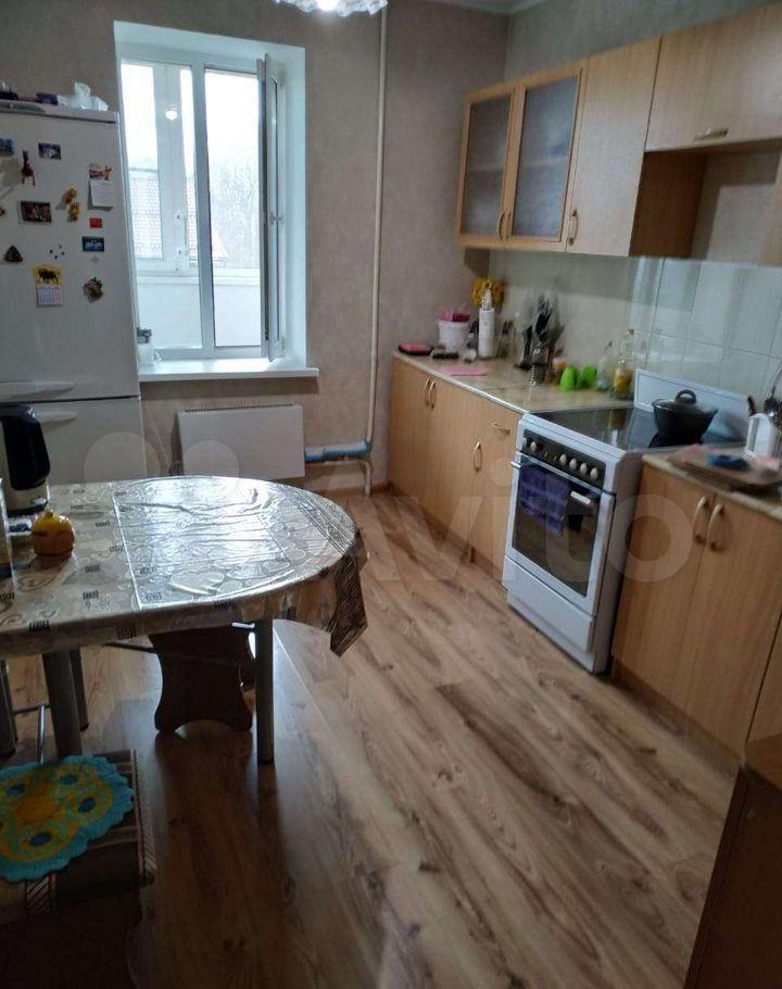 Продажа двухкомнатной квартиры поселок Дорохово, улица Виксне 14, цена 5800000 рублей, 2021 год объявление №668039 на megabaz.ru