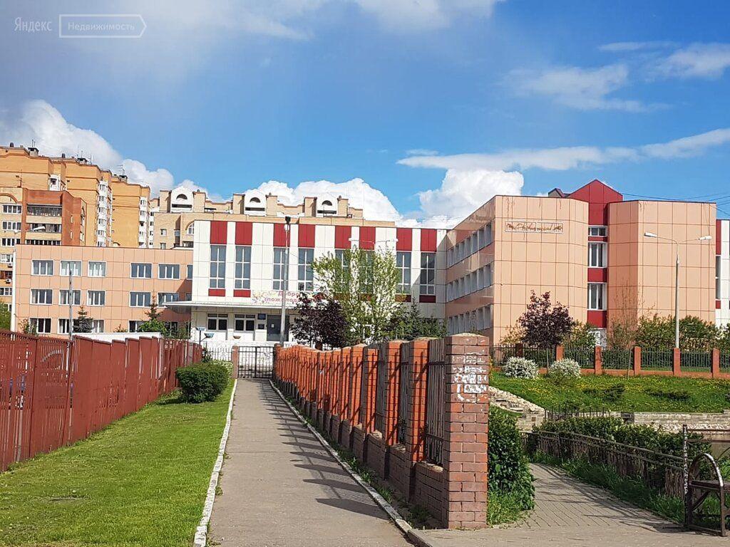 Продажа двухкомнатной квартиры рабочий посёлок Селятино, Клубная улица 17, цена 4699000 рублей, 2021 год объявление №383319 на megabaz.ru
