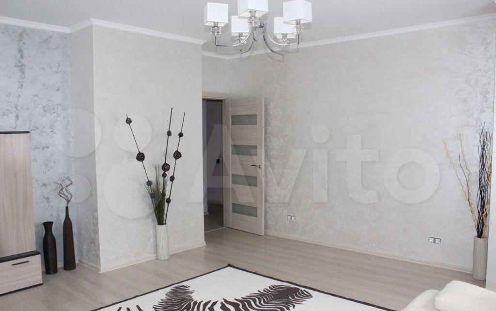 Продажа трёхкомнатной квартиры Москва, метро Международная, Мукомольный проезд 2, цена 26900000 рублей, 2021 год объявление №692021 на megabaz.ru