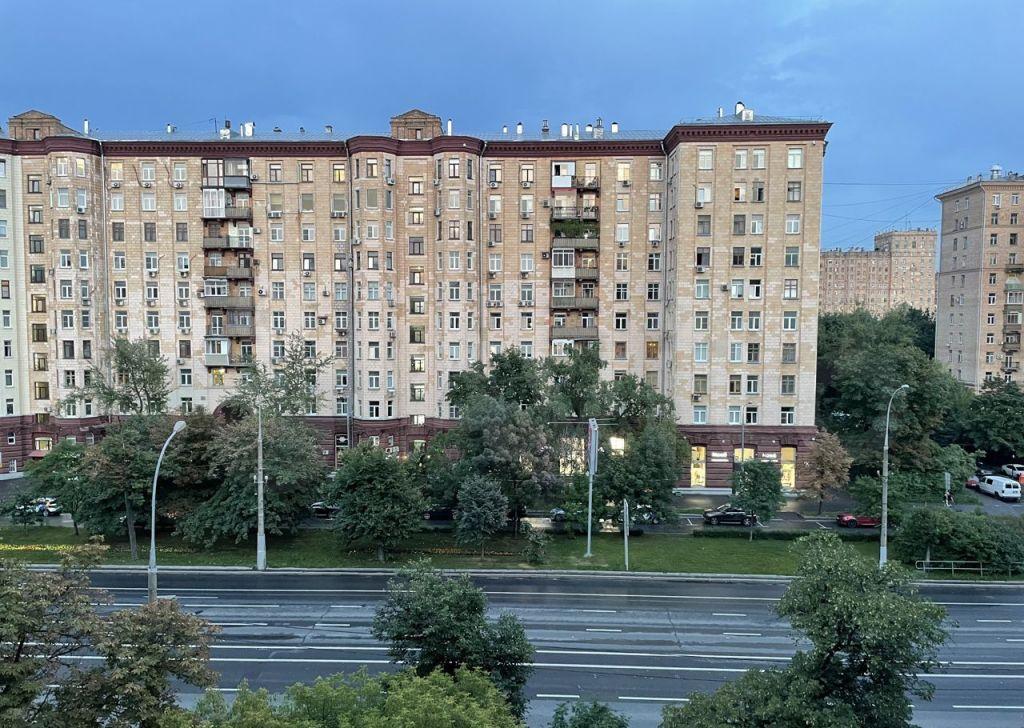 Продажа трёхкомнатной квартиры Москва, метро Фрунзенская, Комсомольский проспект 40, цена 28500000 рублей, 2021 год объявление №672082 на megabaz.ru