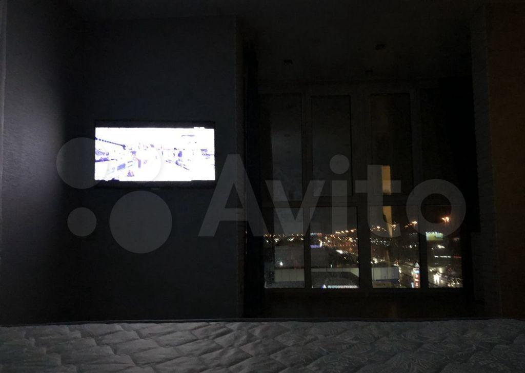 Аренда однокомнатной квартиры поселок Сосновый Бор, улица Объездная Дорога 1, цена 35000 рублей, 2021 год объявление №1444573 на megabaz.ru