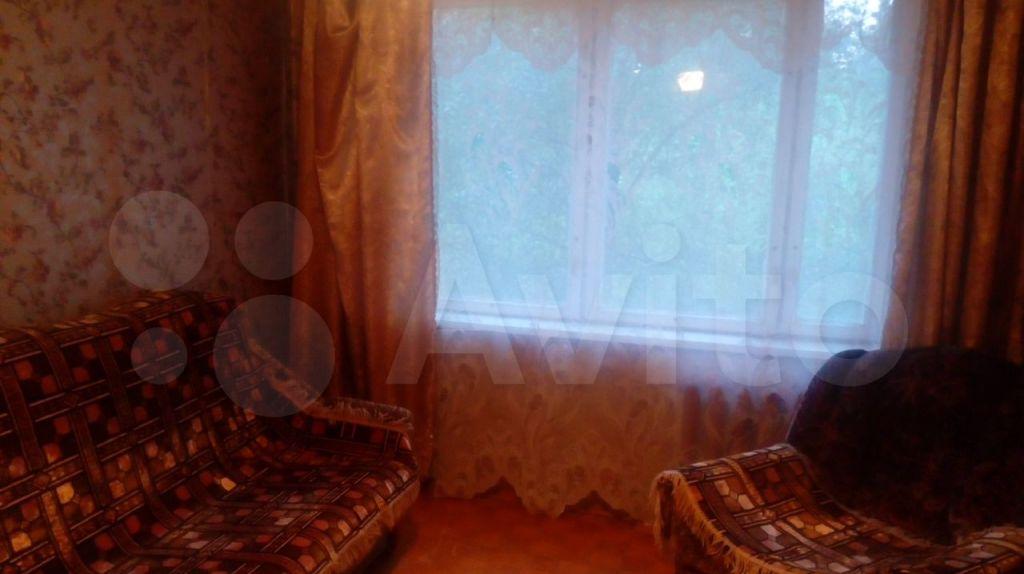 Аренда двухкомнатной квартиры Серпухов, улица Космонавтов 24, цена 18000 рублей, 2021 год объявление №1468650 на megabaz.ru