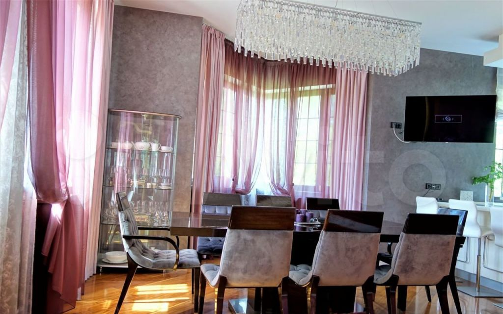 Продажа дома поселок Вешки, Садовая улица 24, цена 84000000 рублей, 2021 год объявление №652415 на megabaz.ru