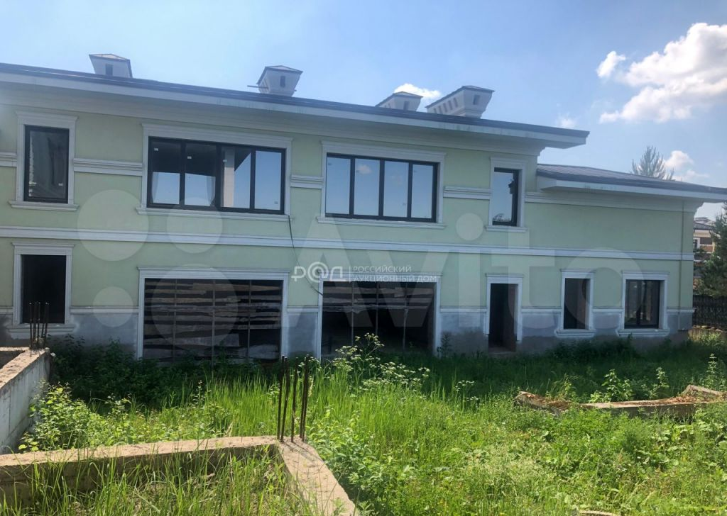 Продажа дома деревня Семенково, Сиреневая улица 13, цена 100000000 рублей, 2021 год объявление №697820 на megabaz.ru