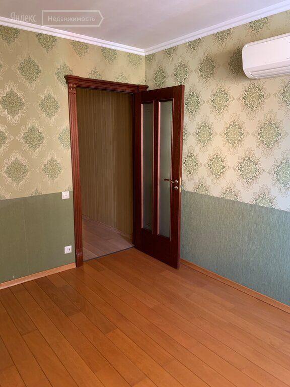 Продажа четырёхкомнатной квартиры поселок Архангельское, цена 25760000 рублей, 2021 год объявление №687916 на megabaz.ru