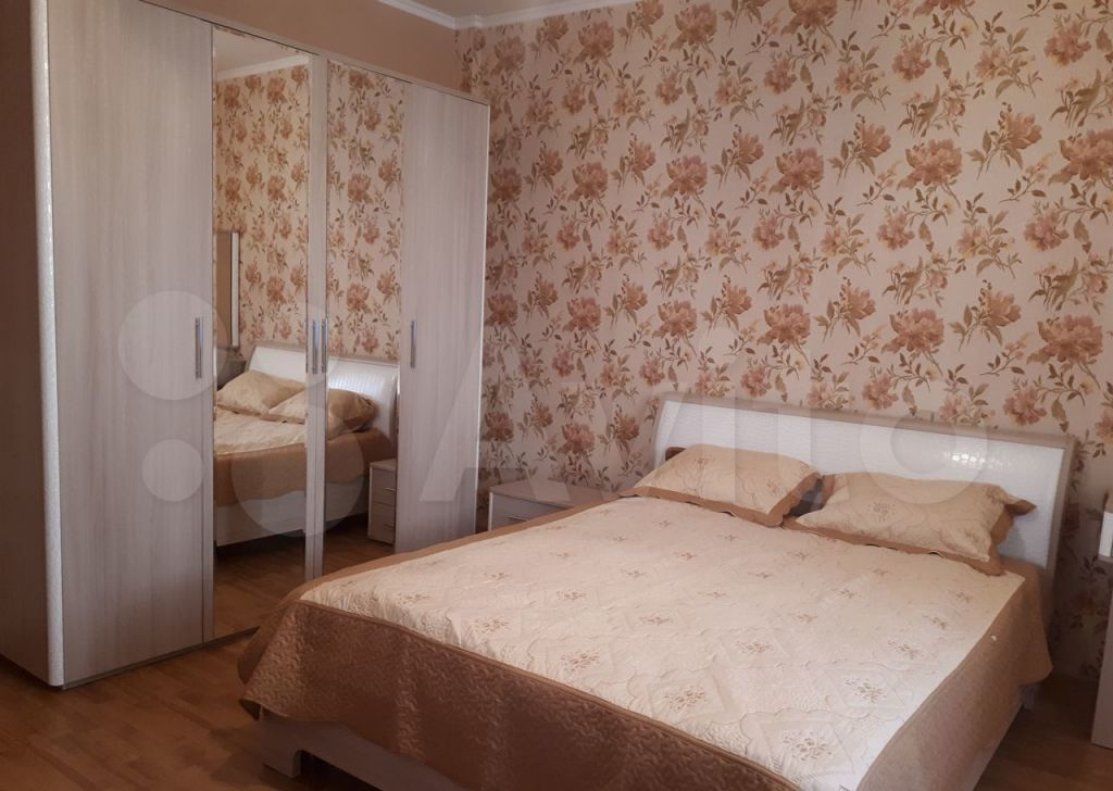Продажа однокомнатной квартиры село Верзилово, Преображенский проспект 8, цена 2700000 рублей, 2021 год объявление №677453 на megabaz.ru