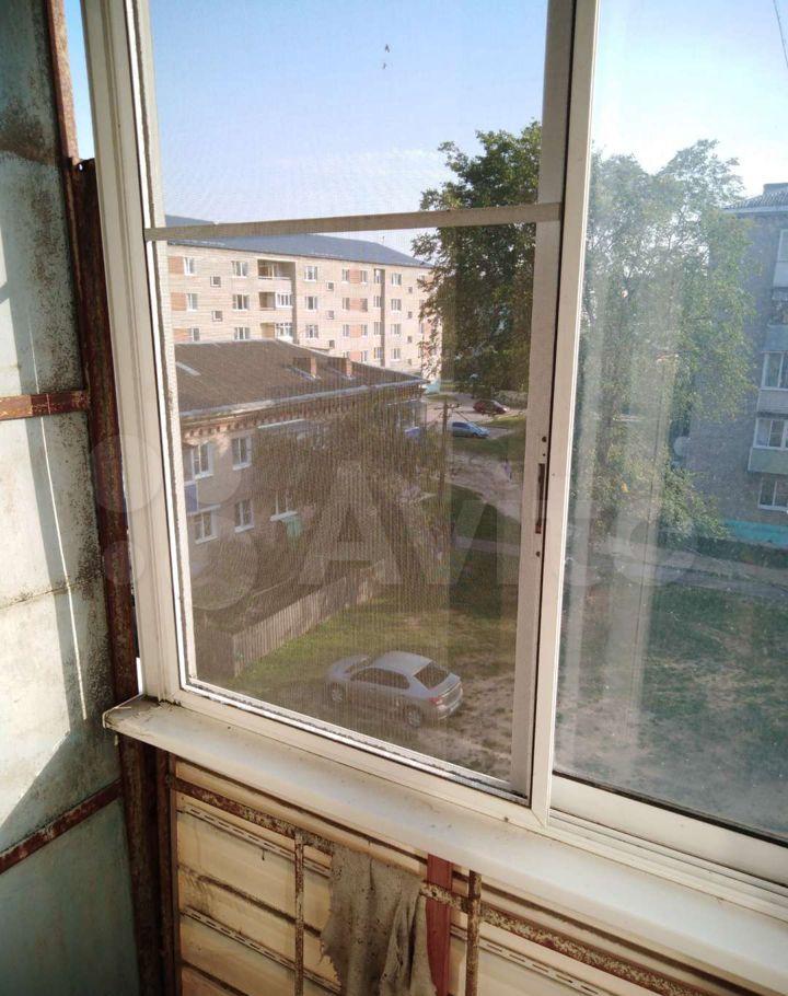 Продажа двухкомнатной квартиры рабочий посёлок Мишеронский, Советская улица 40, цена 500000 рублей, 2021 год объявление №677358 на megabaz.ru