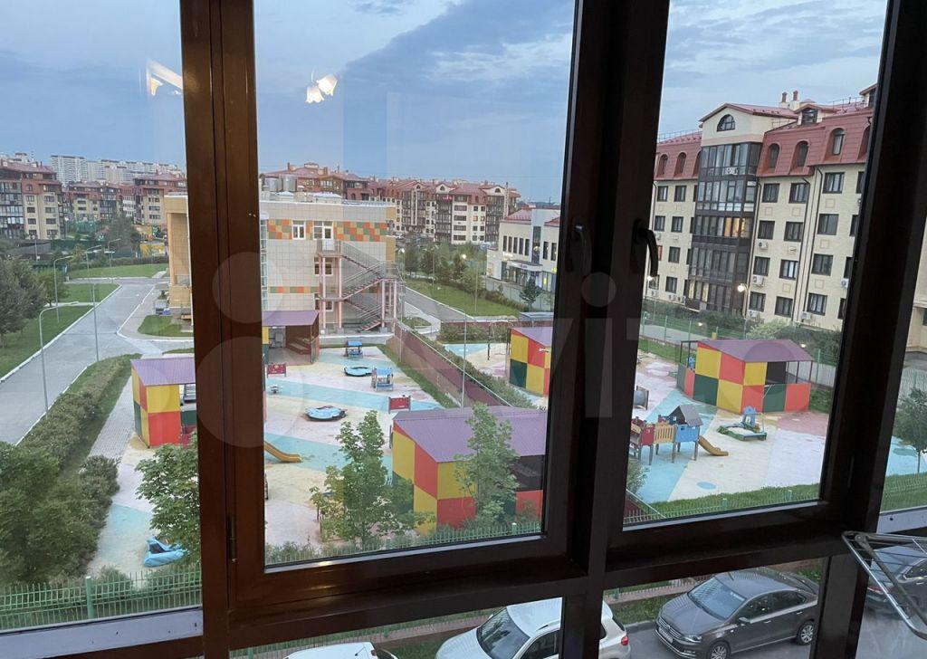 Аренда однокомнатной квартиры село Ромашково, Никольская улица 14к3, цена 41000 рублей, 2021 год объявление №1459154 на megabaz.ru
