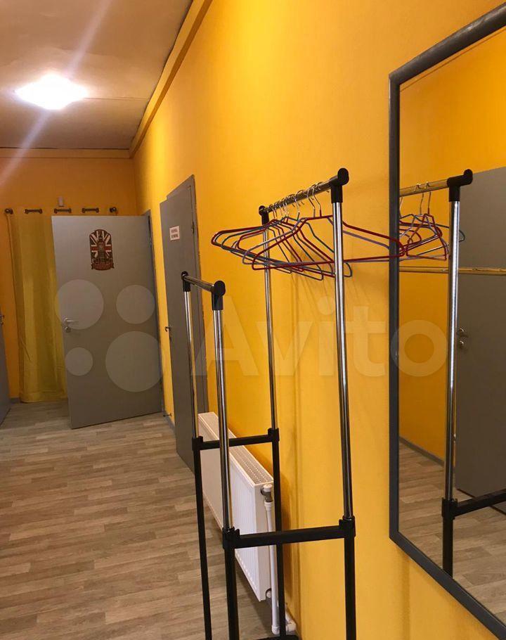 Аренда трёхкомнатной квартиры деревня Жуковка, цена 4000 рублей, 2021 год объявление №1424021 на megabaz.ru