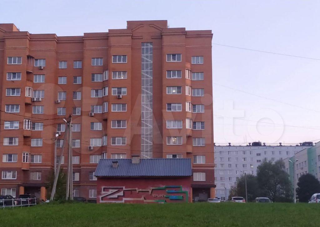 Аренда двухкомнатной квартиры Можайск, улица Дмитрия Пожарского 10, цена 29000 рублей, 2021 год объявление №1477209 на megabaz.ru