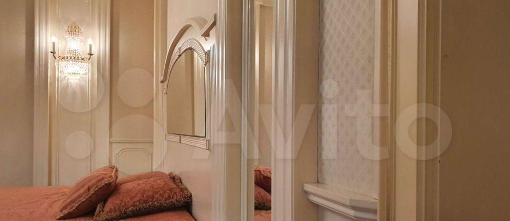 Продажа трёхкомнатной квартиры Москва, метро Смоленская, 1-й Смоленский переулок 17, цена 135000000 рублей, 2021 год объявление №683531 на megabaz.ru