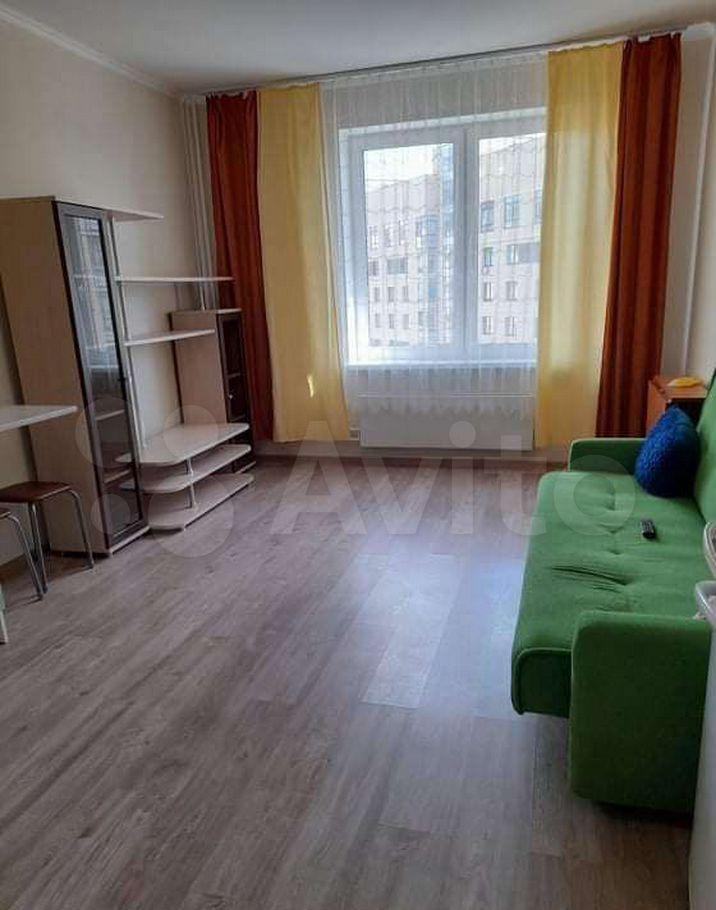 Аренда двухкомнатной квартиры поселок Мебельной фабрики, Рассветная улица 3, цена 25000 рублей, 2021 год объявление №1458903 на megabaz.ru
