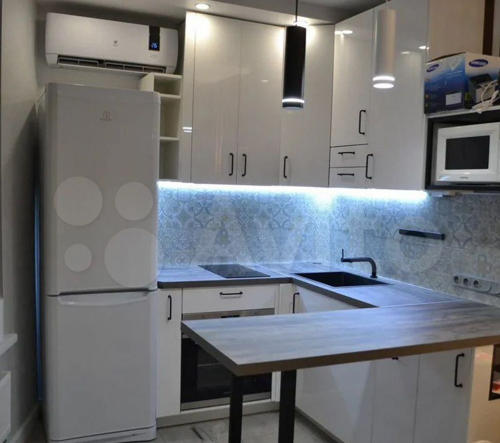 Продажа студии деревня Подолино, Беговая улица 14, цена 5000000 рублей, 2021 год объявление №685271 на megabaz.ru