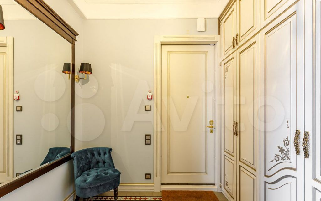 Продажа трёхкомнатной квартиры Москва, метро Полянка, Старомонетный переулок 33, цена 40000000 рублей, 2021 год объявление №698447 на megabaz.ru