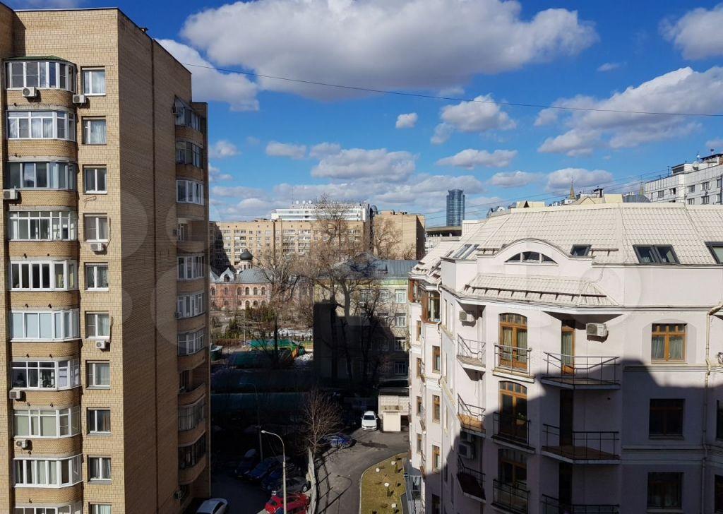 Аренда трёхкомнатной квартиры Москва, метро Цветной бульвар, Троицкая улица 10с1, цена 119000 рублей, 2021 год объявление №1460634 на megabaz.ru
