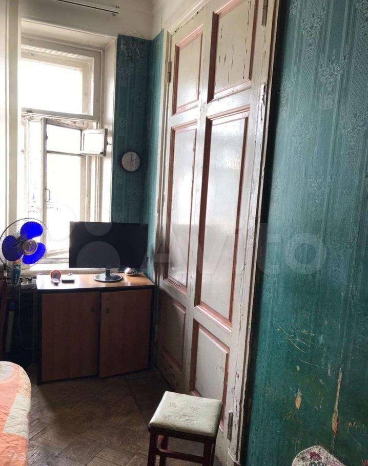 Продажа четырёхкомнатной квартиры Москва, метро Кропоткинская, улица Остоженка 7с1, цена 63000000 рублей, 2021 год объявление №663879 на megabaz.ru