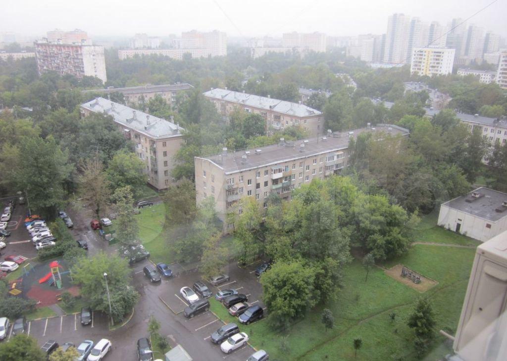 Аренда трёхкомнатной квартиры Москва, метро Перово, Новогиреевская улица 28, цена 75000 рублей, 2021 год объявление №1467594 на megabaz.ru