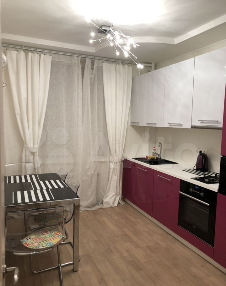 Аренда двухкомнатной квартиры деревня Брёхово, цена 32000 рублей, 2021 год объявление №1462568 на megabaz.ru